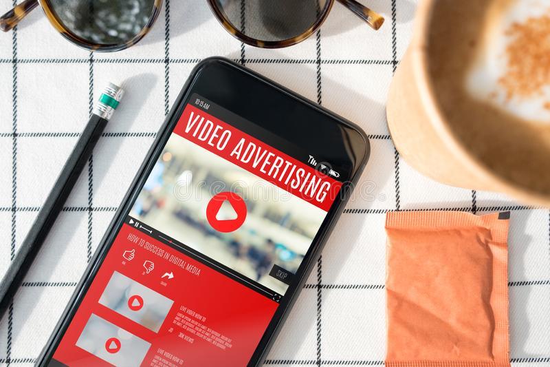 2021年にもはや必須!動画リワード広告とは?